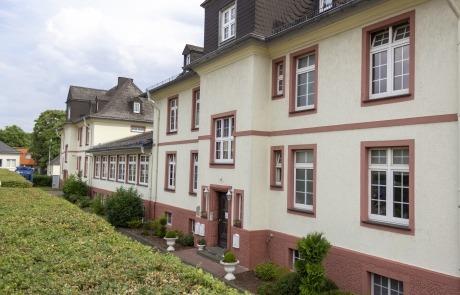 Die Häuser für Offiziere im Gewerbepark Spilburg innerhlab Wetzlar des ZHTK